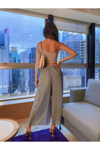 Ember Flared Chiffon Pants in Blue