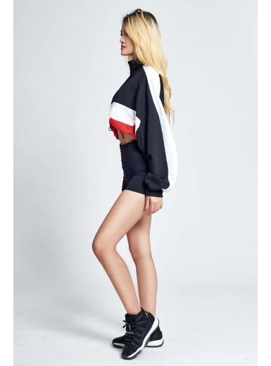 Dree Contrast Pullover in Red